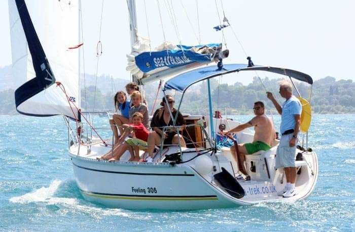 learn-to-sail-holidays