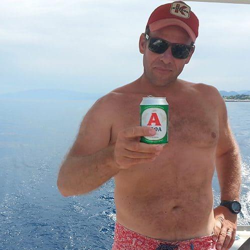 Alpha beer tastes sooooo good when its sunny