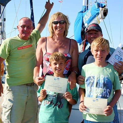 Get a sailing certificate after a week on board your yacht