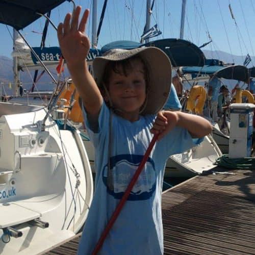 Crab fishing on the Sea-Trek pontoon