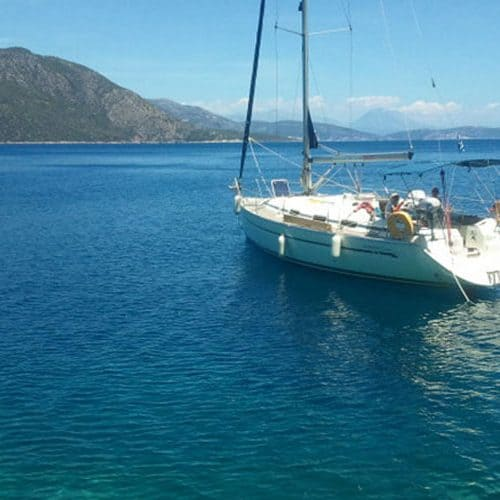 Relaxing at anchor on a Bavaria 36