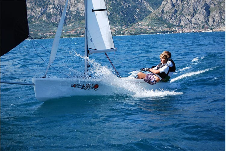 Dinghy Sailing Topper argo