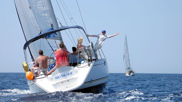 Flotilla Sailing Guide How To Use The Genoa Sail Trek Adventures News