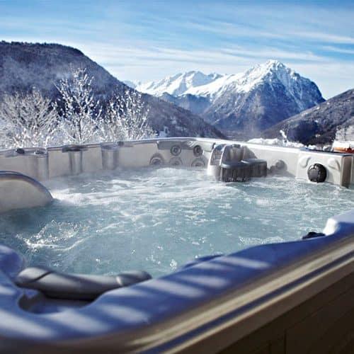 chalet saskia outdoor hot tub