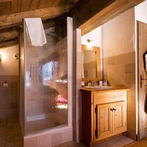 All the bedrooms have en-suite bathrooms