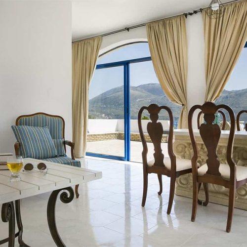 Villa Afrodite Dining Area