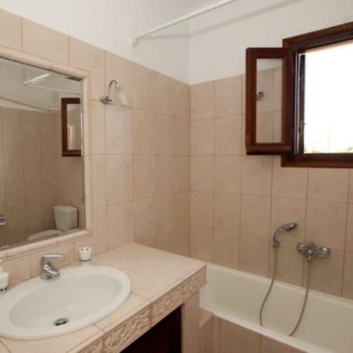 Aspasia Beach House Bathroom