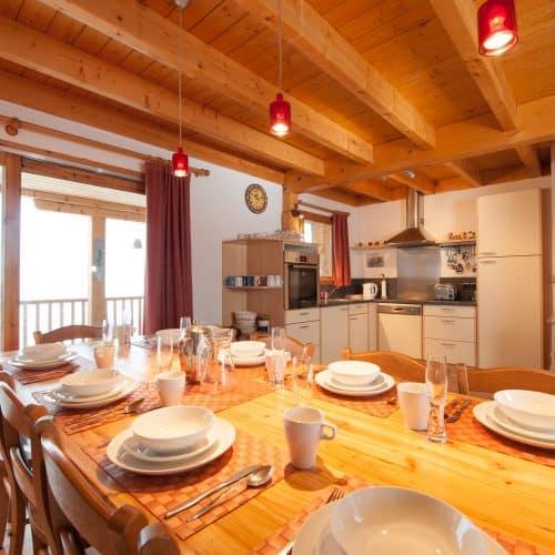 C'est La Vie Chalet Kitchen Dining room
