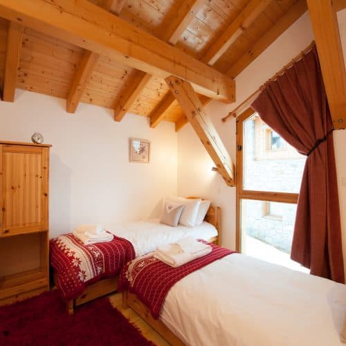 C'est La Vie Chalet bedroom 4