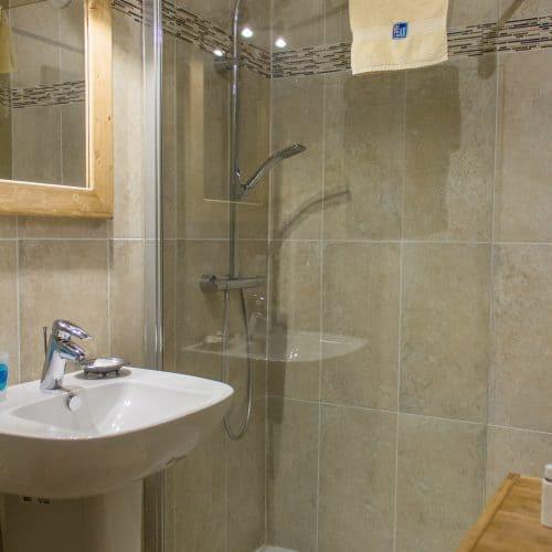 Chalet Dibona Shower room