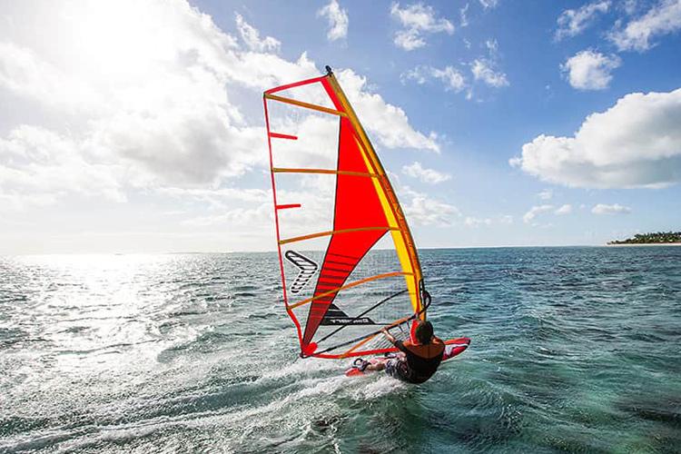 Convert Windsurfing Sail
