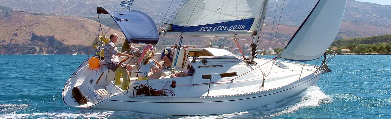 Feeling 306 sailing in Kefalonia