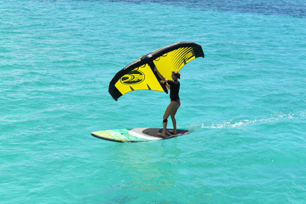 Learning to wingsurf on sup board in Kefalonia