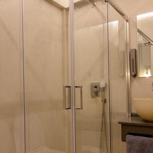 V Boutique Bathroom
